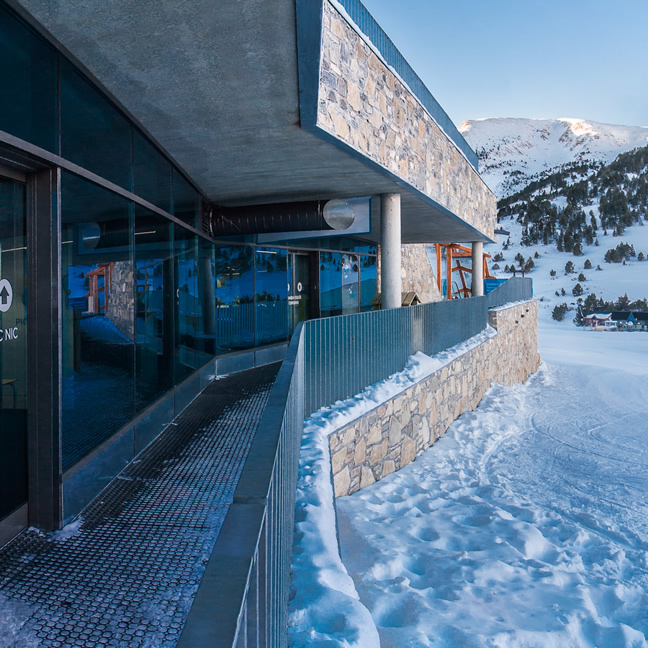 SKI LOCKER BUILDING AT RIBA ESCORXADA