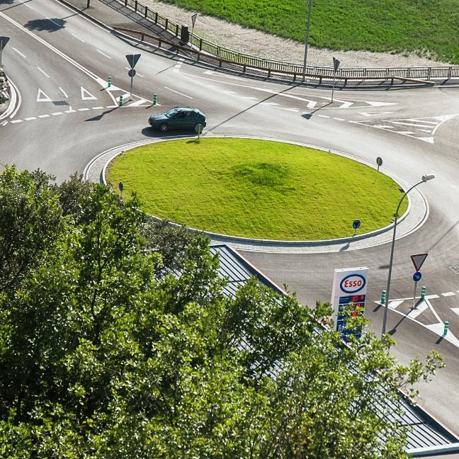 Roundabout at Torrent dels Hortells
